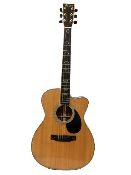 Guitar Acuostic Martin OMC Aura